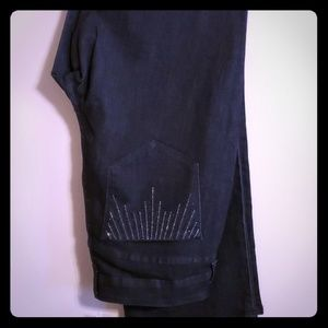 New with tags jeans sequined pockets black